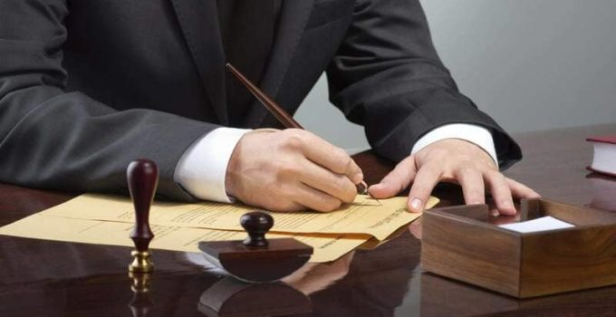 Corporate Lawyer and Corporate Law